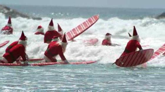 Surfin' Santas